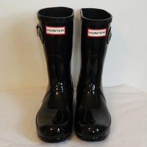 Hunter Black Glossy Mid Calf Boot US 6